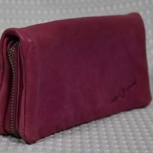 Junior Drake Pink Leather Wallet/Clutch
